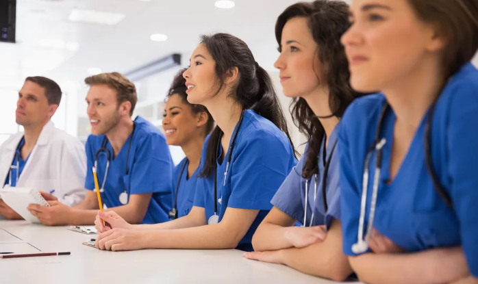 how long does it take to become an er doctor